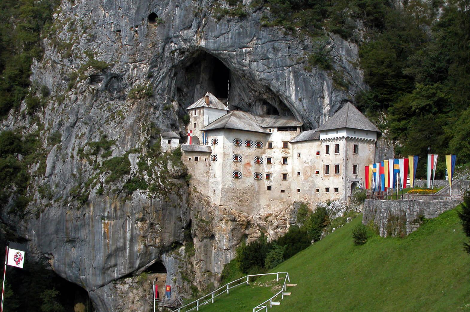 castle predjama grad slovenia
