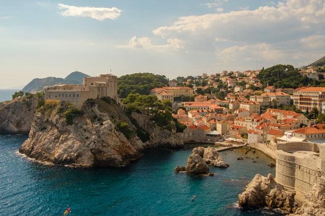 dubrovnik-harbour-city-visit-croatia