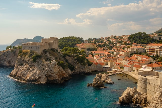 dubrovnik-harbour-city-visit-croatia