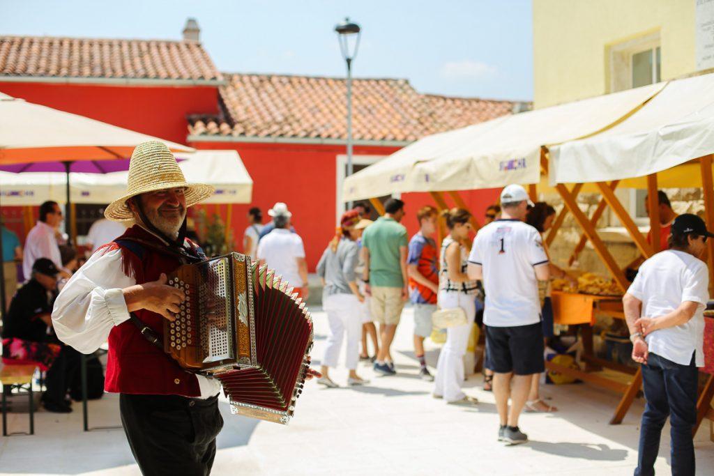 entertainment tour slovenian coast farmers market accordion