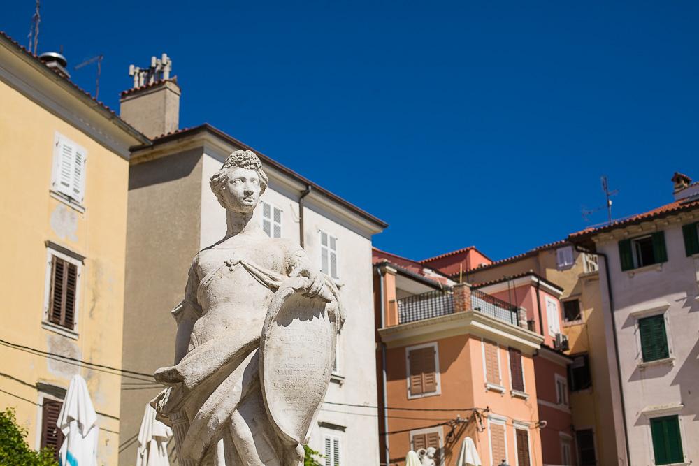 piran statue square