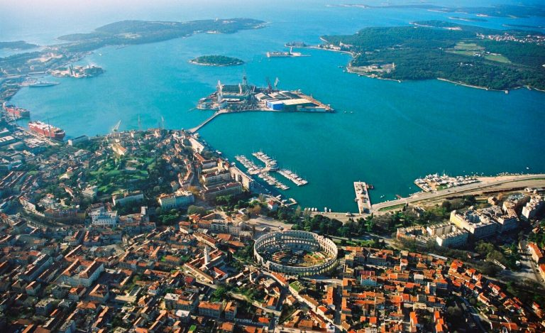 pula croatia city tour