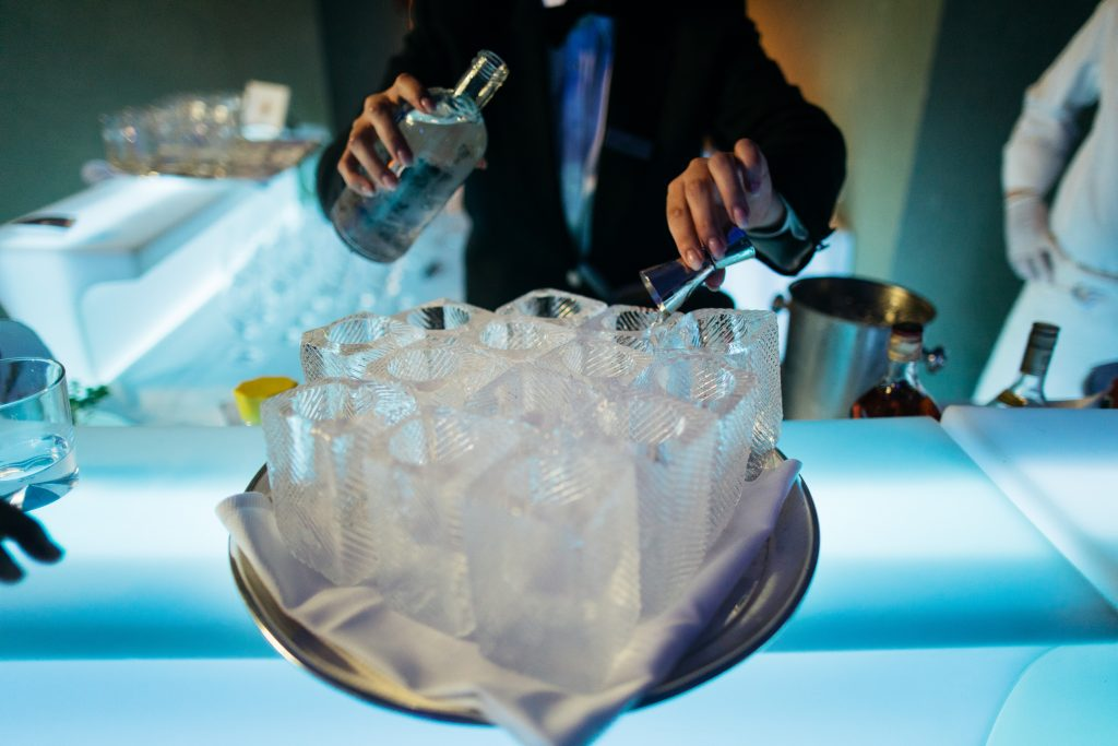 welcome reception open bar mixology coctail