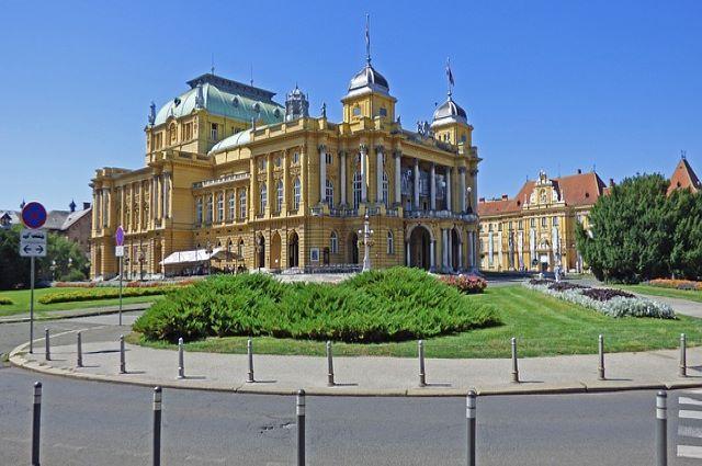 zagreb-national-building